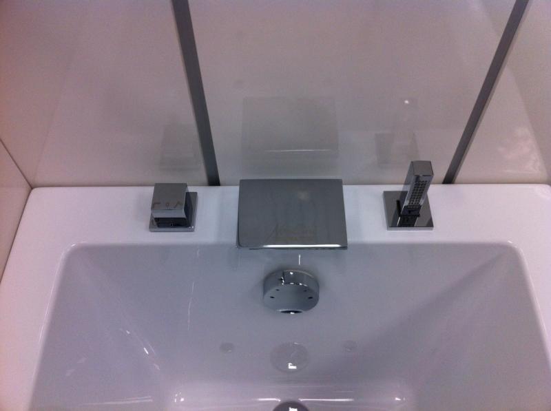 Vasca Da Bagno Novellini Calos : La veneta termosanitaria s.r.l. complementi e accessori